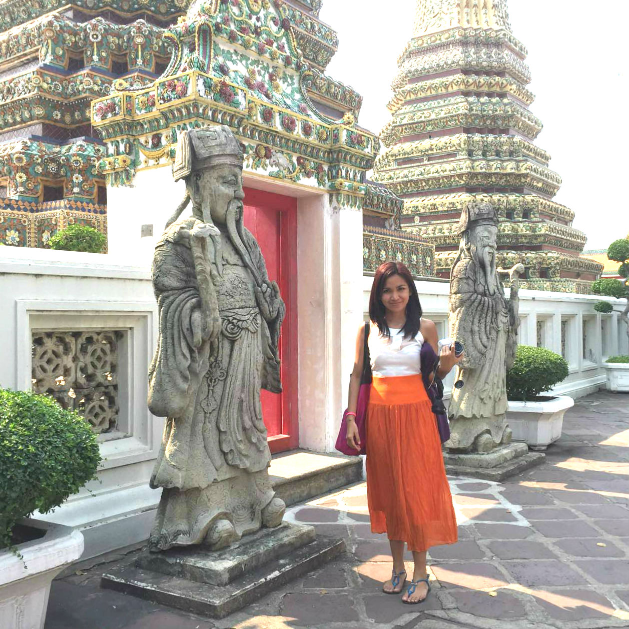 Bangkok in temples what to wear video