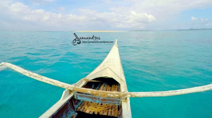 island-hopping-boat-naked-island-siargao.jpg