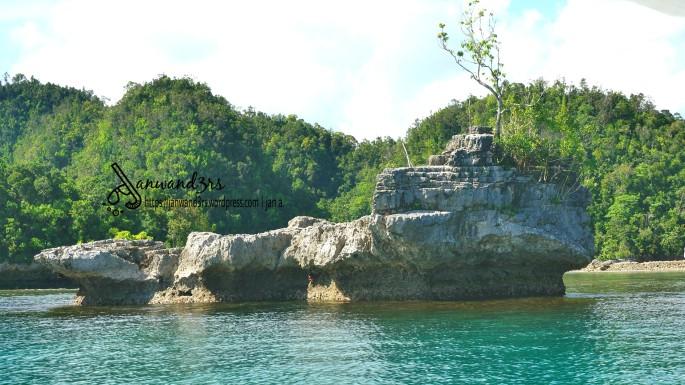 rock-formations-bucas-grande